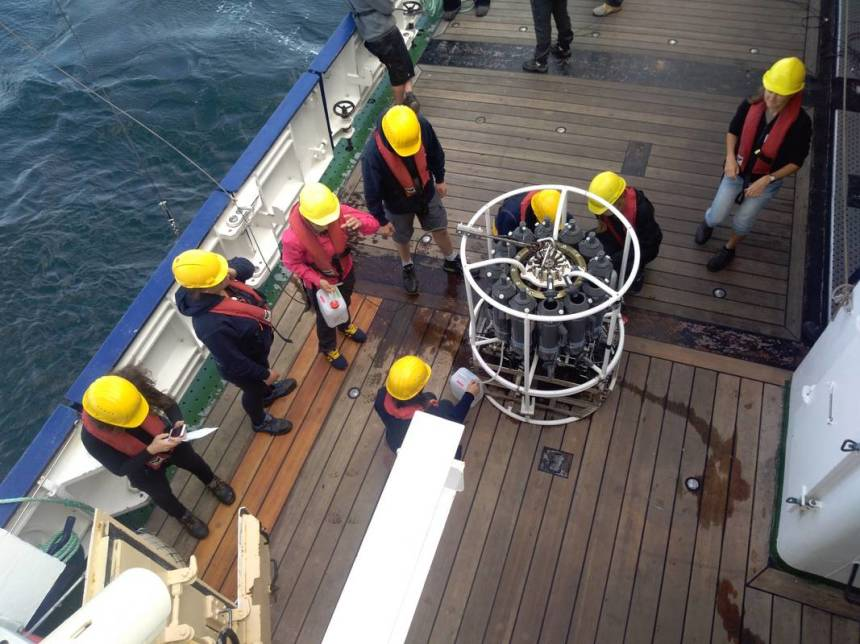 Station work with CTD and water samplers during a day excursion of the Coastal Summer School 2019 on the research vessel Heincke