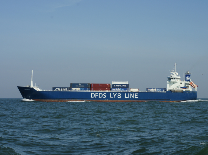 The cargo ship LysBris