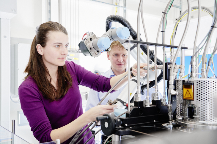 Scientists at the beamline